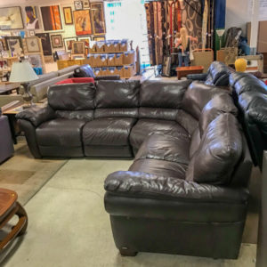 $500 - Leather Sectional Recliner Sofa